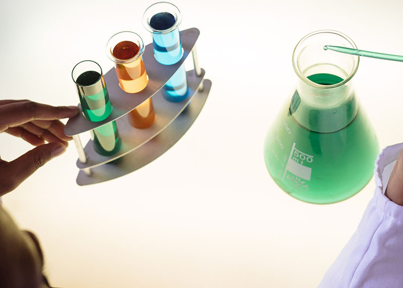 Estudios científicos agua alcalina